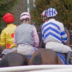 Jockeys_at_Plumpton_Races_(4369898787)